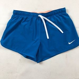 Nike running shorts SZ M